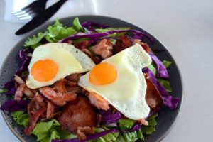 Bacon and Egg Salad – Crunchy