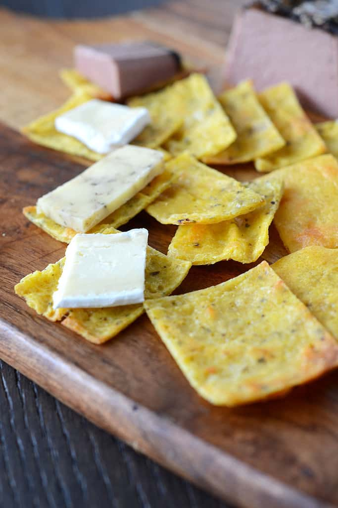 Ketogenic Fathead Crackers - Low Carb