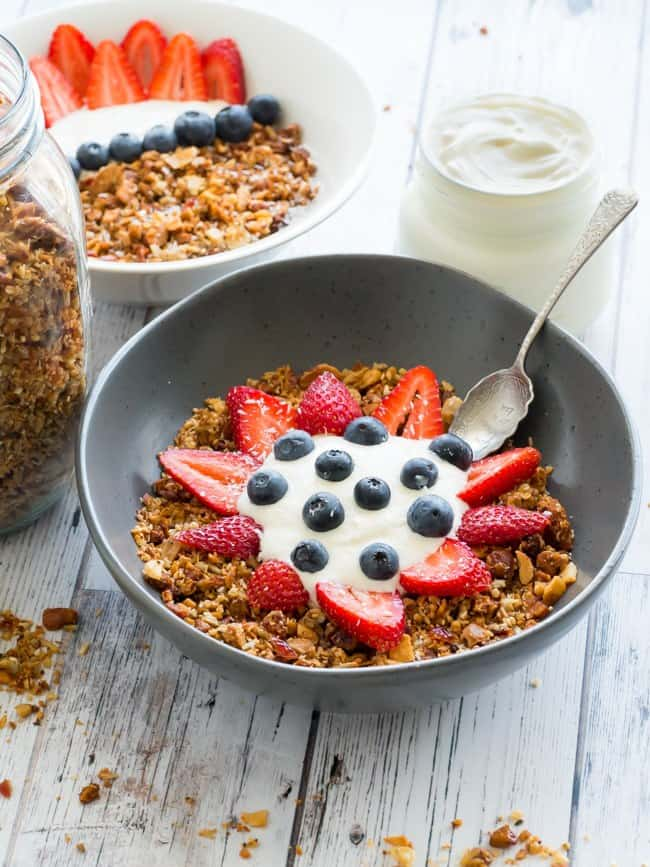 Keto Granola Crunchy Breakfast Cereal - Low Carb Granola ...