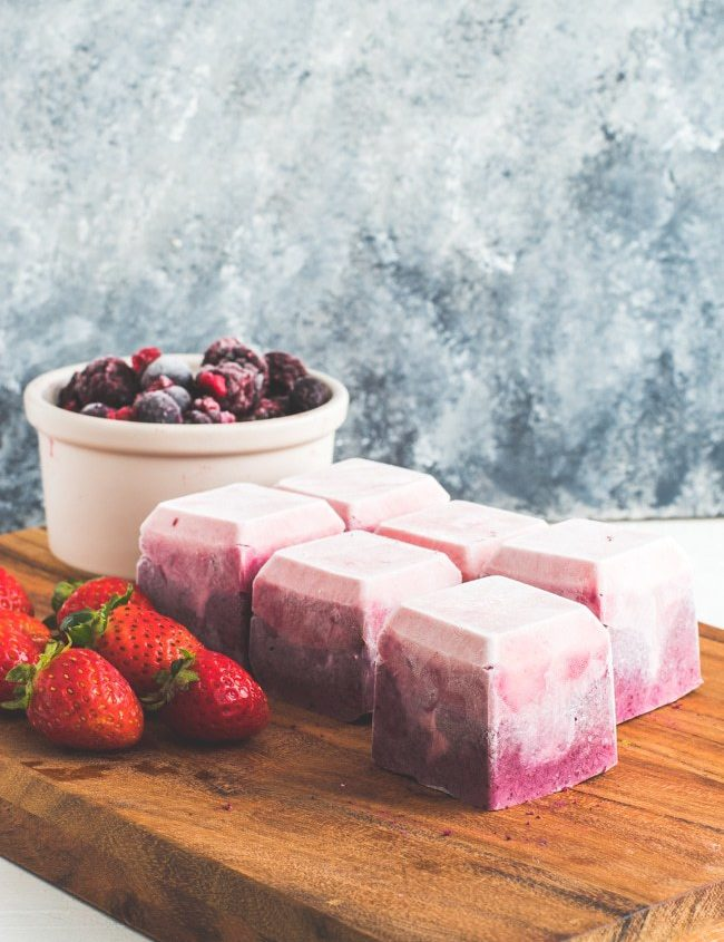 berry cheesecake fat bombs