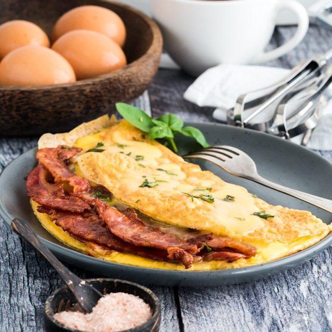 Keto Bacon Omelette