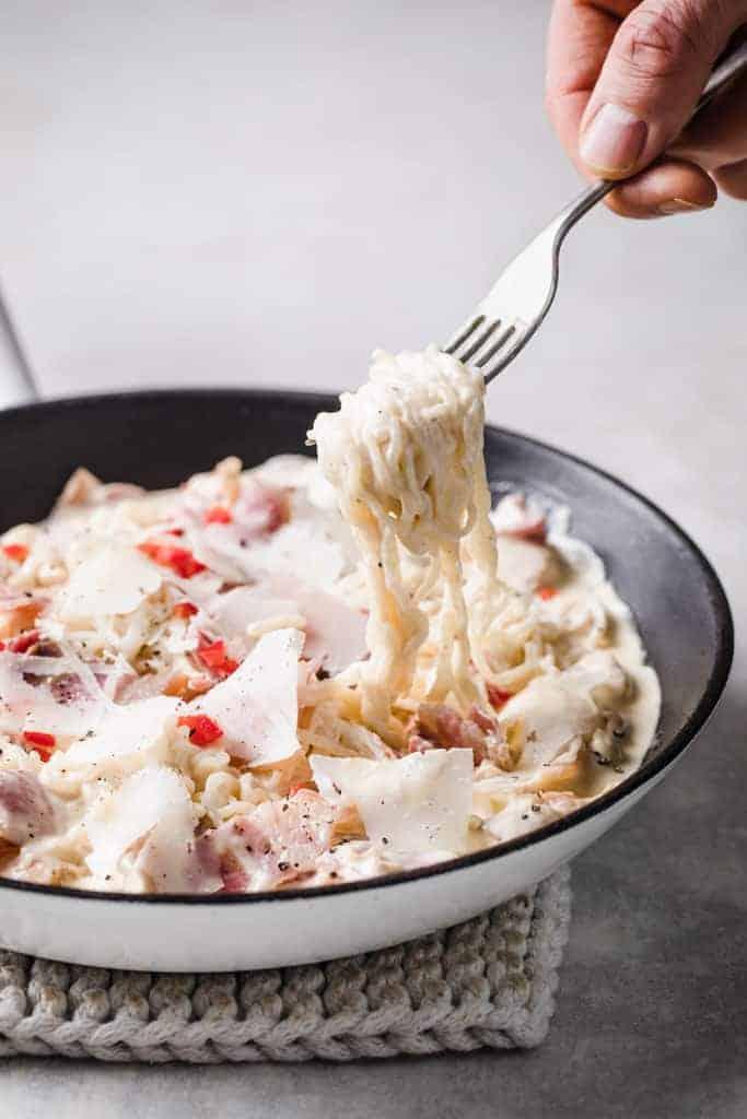 keto carbonara pasta in a frying pan