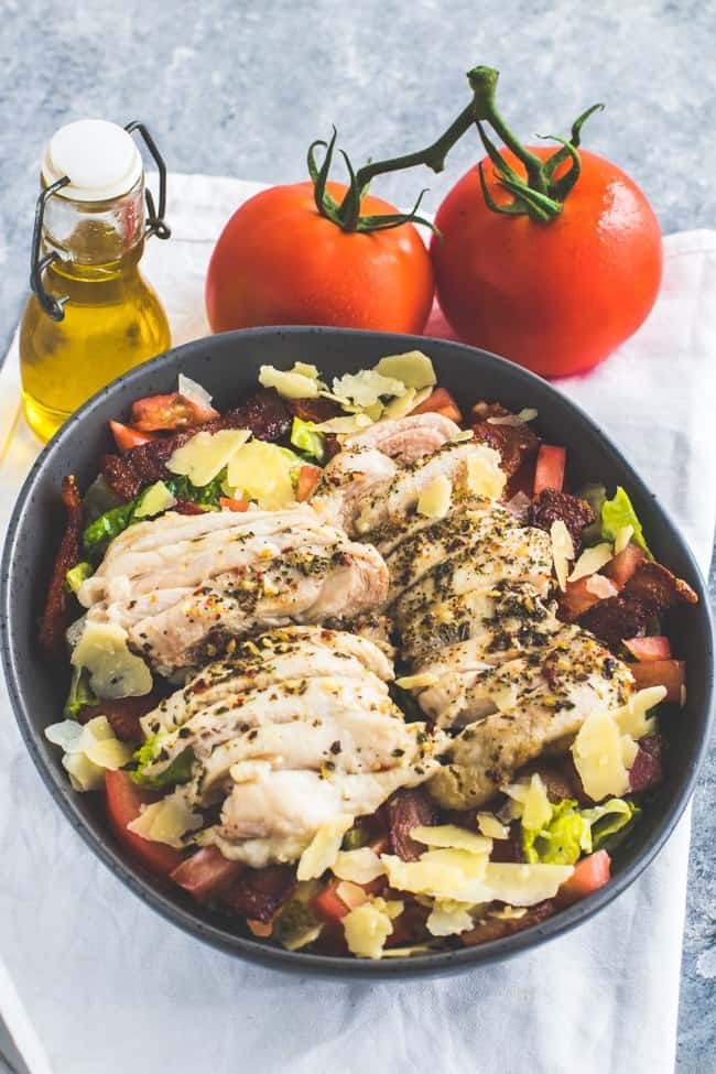Keto Grilled Chicken Salad with tomatoes and olive oil